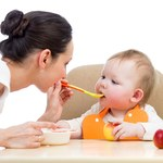 Europosłowie chcą, by w jedzeniu dla niemowląt było mniej cukru