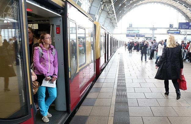 Europosłowie proponują zintegrowany bilet na podróże w UE. Fot. Adam Berry /Getty Images/Flash Press Media