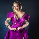 Eurowizja 2021: Nikkie Tutorials skradnie show! Pokazała finałową kreację
