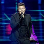 Eurowizja 2021: Pokazano zapasowy występ Rafała Brzozowskiego. Lepiej niż na żywo?
