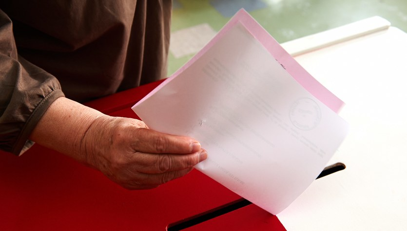 Eurowybory 2014: Najnowszy sondaż: PiS minimalnie przed PO. Frekwencja na poziomie 24,7 proc.