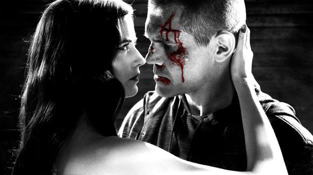 """Eva Green i Josh Brolin w scenie z filmu """"Sin City: Damulka warta grzechu"""" /materiały dystrybutora"""