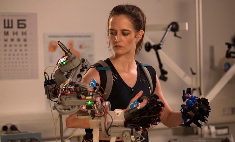 """Eva Green w scenie z filmu """"Proxima"""" /materiały prasowe"""
