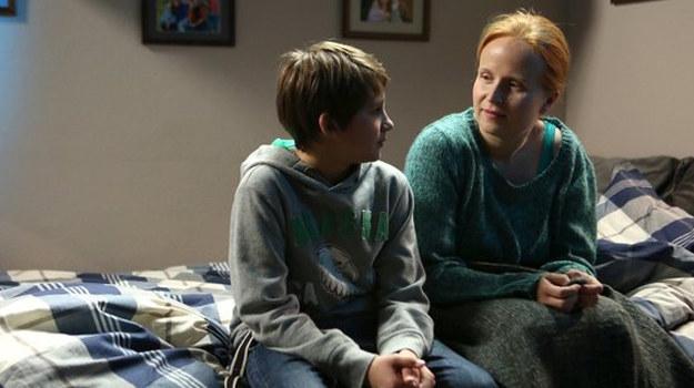 Ewa będzie chciała zastąpić Mateuszowi zmarłą matkę. /www.mjakmilosc.tvp.pl/