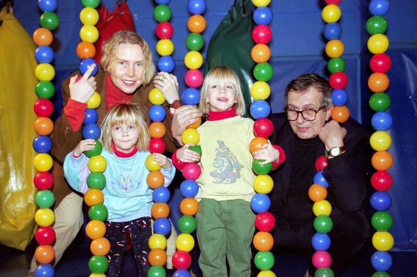 Ewa Błaszczyk, Jacek Janczarski oraz ich córki: Marianna i Aleksandra /Krzysztof Wojda /Reporter