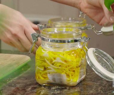 """""""Ewa gotuje"""": Śledzie cytrynowe w oleju lnianym"""