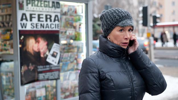Ewa jest w szoku! Jej zdjęcie z Bednarskim jest na pierwszych stronach gazet! /x-news/ Radek Orzeł /TVN