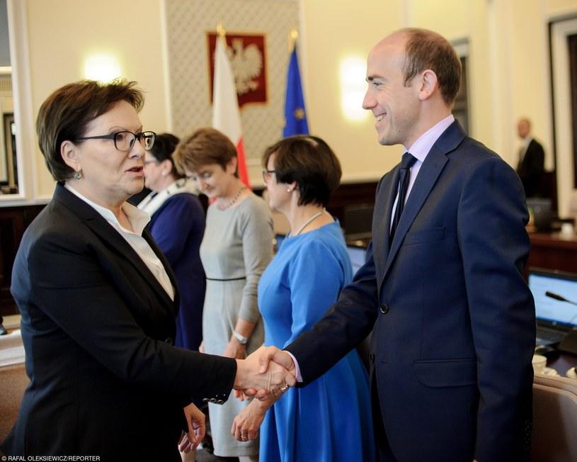 Ewa Kopacz i Borys Budka na posiedzeniu rządu /Rafał Oleksiewicz /Reporter