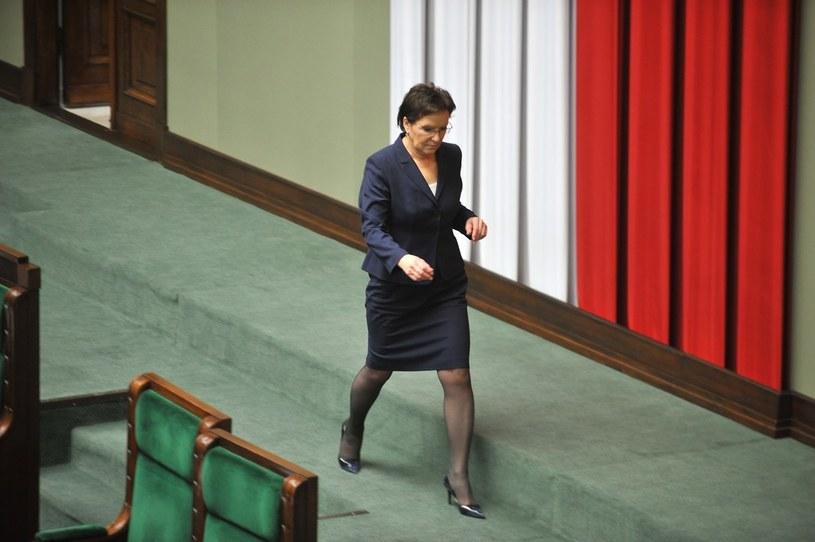 Ewa Kopacz musi zrezygnować z funkcji marszałka Sejmu /Witold Rozbicki /Reporter