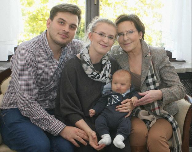 Ewa Kopacz z rodziną /Smulczyński /East News