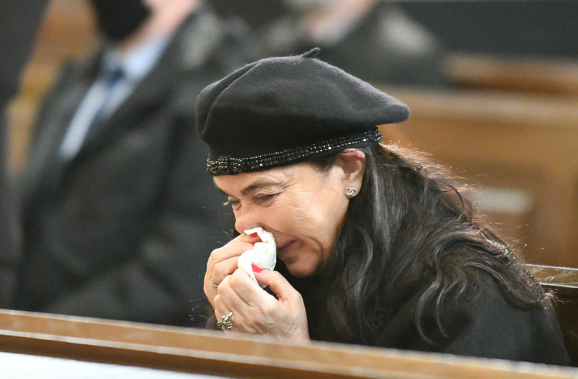 Ewa Krawczyk na pogrzebie Krzysztofa Krawczyka /Andrzej Zbraniecki/East News /East News