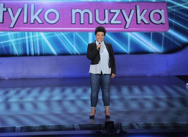 """Ewa Lewandowska w """"Must Be The Music"""" sięgnęła po przebój Michaela Jacksona /fot. Polsat/Studio 69"""