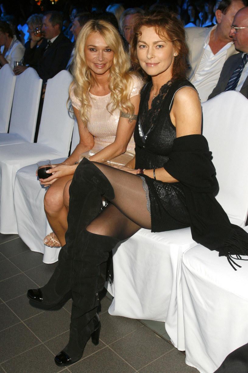 Ewa Pacuła z siostrą Joanną Pacułą, 2007 r. /Krzysztof Jarosz /Agencja FORUM
