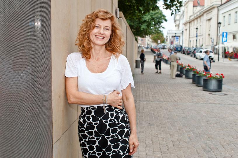Ewa Skibińska mimo upływu lat wciąż zachwyca wyglądem. 58-latka może pochwalić się smukłym i wysportowanym ciałem /Tomasz Urbanek/East News /East News
