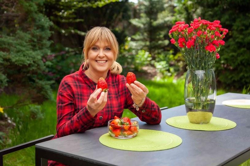 Ewa Wachowicz podpowiada, jak można wykorzystać truskawki w kuchni /archiwum prywatne
