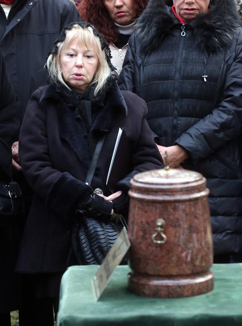 Ewa Złotowska na pogrzebie Marka Frąckowiaka /Marcin Smulczyński /East News