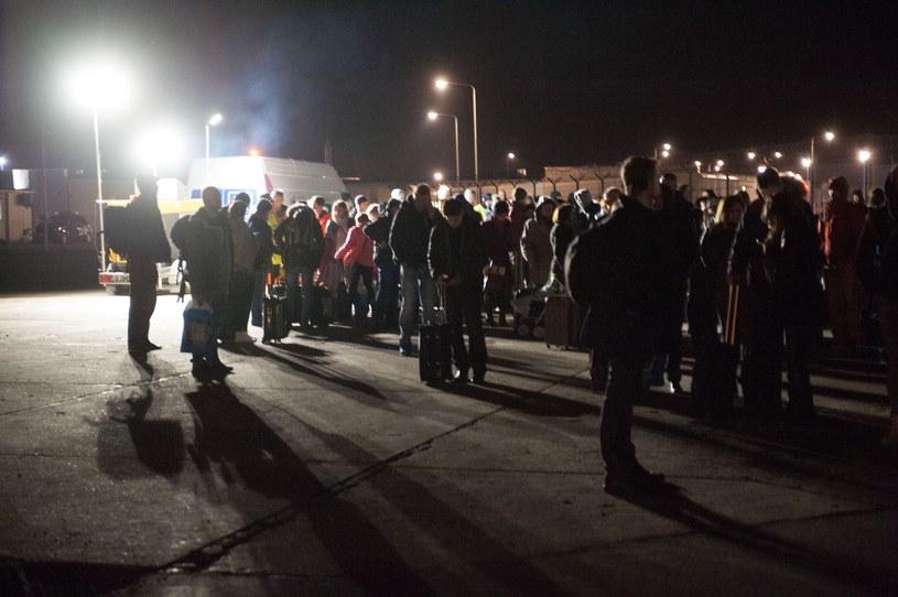 Ewakuacja lotniska w Modlinie, zdj. archiwalne z marca 2016 /Konrad Paprocki/REPORTER /Reporter