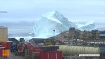 Ewakuacja na Grenlandii. Odpadł 90-metrowy kawał góry lodowej
