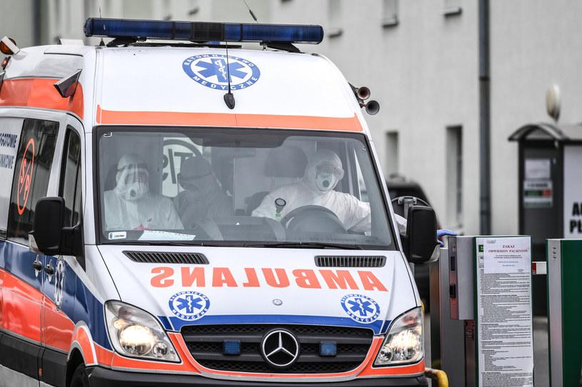 Ewakuacja szpitala miejskiego w Toruniu (2 kwietnia 2020 r.) /Paweł Skraba /East News