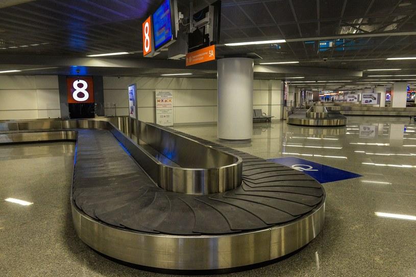 Ewakuacja z Lotniska Chopina z powodu pozostawionego bagażu /Gerard /Reporter