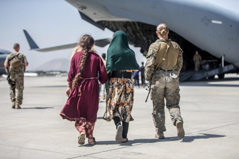 Ewakuacja z lotniska w Kabulu /Sgt. Samuel Ruiz / US Marine Corps via DVIDS / HANDOUT /PAP/EPA