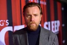 Ewan McGregor: Aby dobrze zagrać krawca, nauczył się szyć