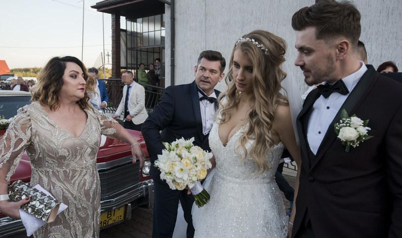 Ewelina i Daniel Martyniuk w dniu ślubu /Anatol Chomicz /Agencja FORUM