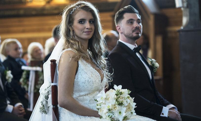 Ewelina i Daniel Martyniuk w dniu ślubu /MICHAL KOSC /Agencja FORUM