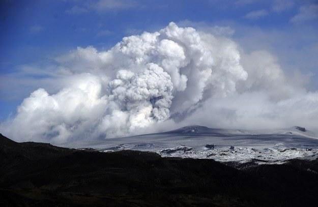 Eyjafjallajokull - czyli wulkan, dzięki któremu telekonferencje mogą stać się popularne /AFP