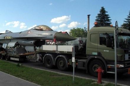 F-16 przyjechał z Danii /RMF