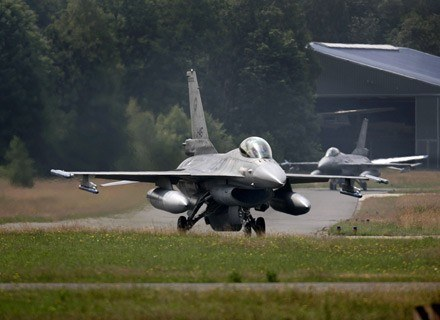 F-16c startujące do lotu /AFP