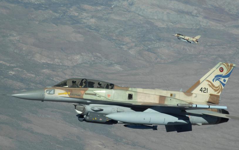 F-16I z bazy lotniczej Ramon podczas manewrów Red Flag /Master Sergeant Kevin J. Gruenwald  /INTERIA.PL/materiały prasowe