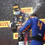 F1. Błąd kosztował Hamiltona wygraną. Tym razem triumfował Verstappen
