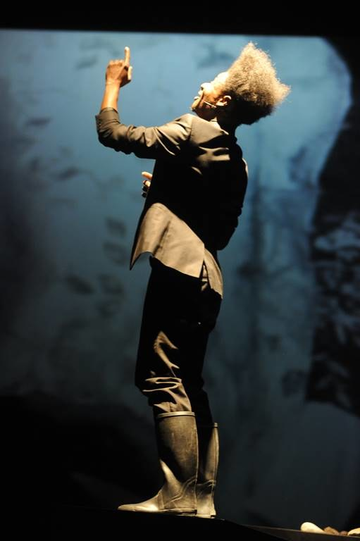 """Fabrizio Cassol, Alain Platel, les ballets C de la B, """"Requiem pour L."""" /Chris Van der Burght /materiały prasowe"""