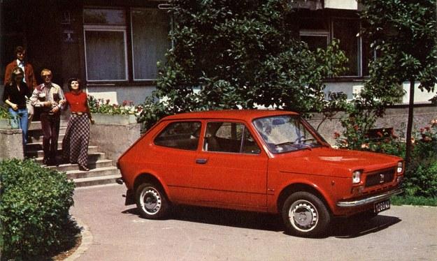 Fabryczne zdjęcie reklamowe Polski Fiat 127p /Archiwum Tomasza Szczerbickiego