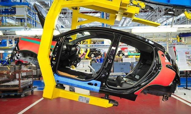 Fabryka Fiata w Tychach. Na linii montażowej lancia Y /
