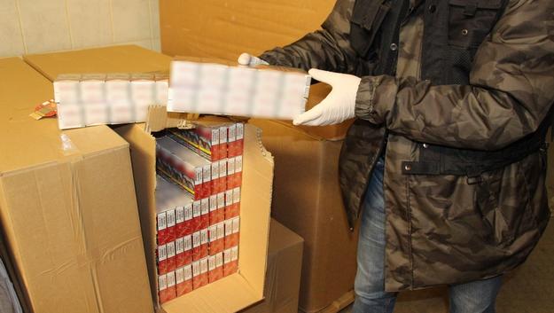 Fabryka nielegalnych papierosów /Wielkopolska policja /Policja