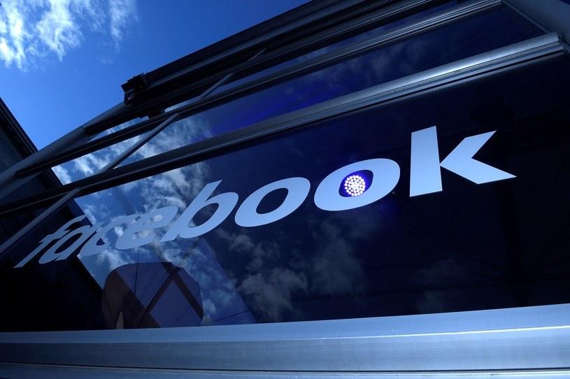 Facebook ma dosyć łamania regulaminu przez influencerów. /AFP
