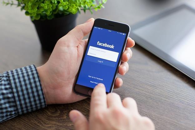 Facebook na cenzurowanym. UOKiK i GIODO biorą pod lupę portal Marka Zuckenberga /©123RF/PICSEL