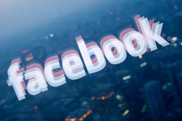 Facebook uruchomio własną sieć reklamową /AFP