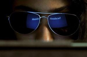 Facebook wprowadzi opłaty za wiadomości do nieznajomych i celebrytów