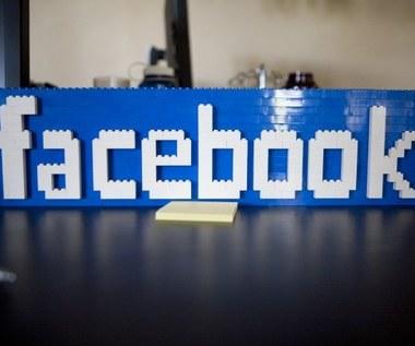 """Facebook zabroni korzystać ze słowa """"twarz"""""""