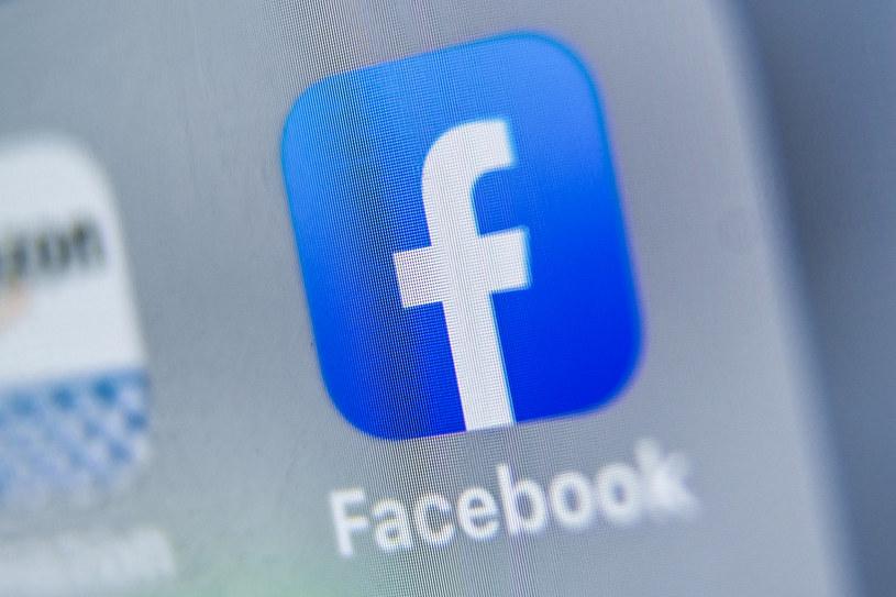 Facebook zapowiada głęboką kontrolę treści /DENIS CHARLET /AFP