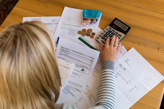 Faktury i duplikaty faktur konieczane z rozliczeniem VAT /©123RF/PICSEL
