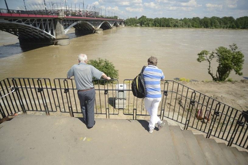Fala powodziowa w Warszawie /Jakub Wosik  /Reporter