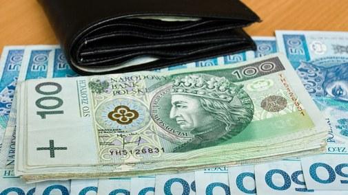 Fandrejewska: Szarada emerytalna i 4 bln długu