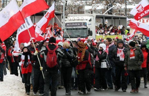 Fani Adama Małysza jadą do Zakopanego żegnać swojego ulubieńca /INTERIA.PL/PAP