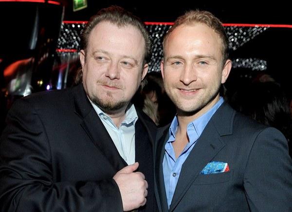 """Borys Szyc nie wahał się nawet przez chwilę, kiedy Olaf Lubaszenko zaproponował mu główną rolę w """"Sztosie 2""""."""