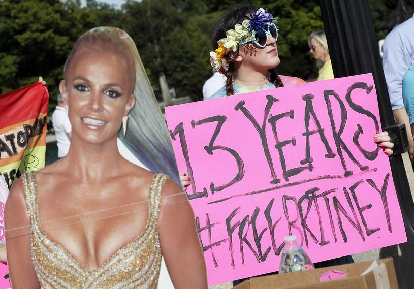 Fani Britney Spears podczas protestu w ramach akcji #FreeBritney /Paul Morigi /Getty Images