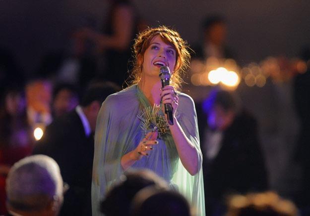 Fani chcą nawiązać do fantazyjnego image'u Florence Welch (fot. Frazer Harrison) /Getty Images/Flash Press Media